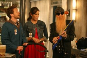 Hodgins, Angela, et le père de la jeune femme, joué par Billy Gibbons, membre des ZZ Top, dans Bones