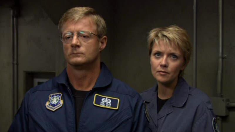 Samantha Carter et le sergent Siler dans Stargate SG-1